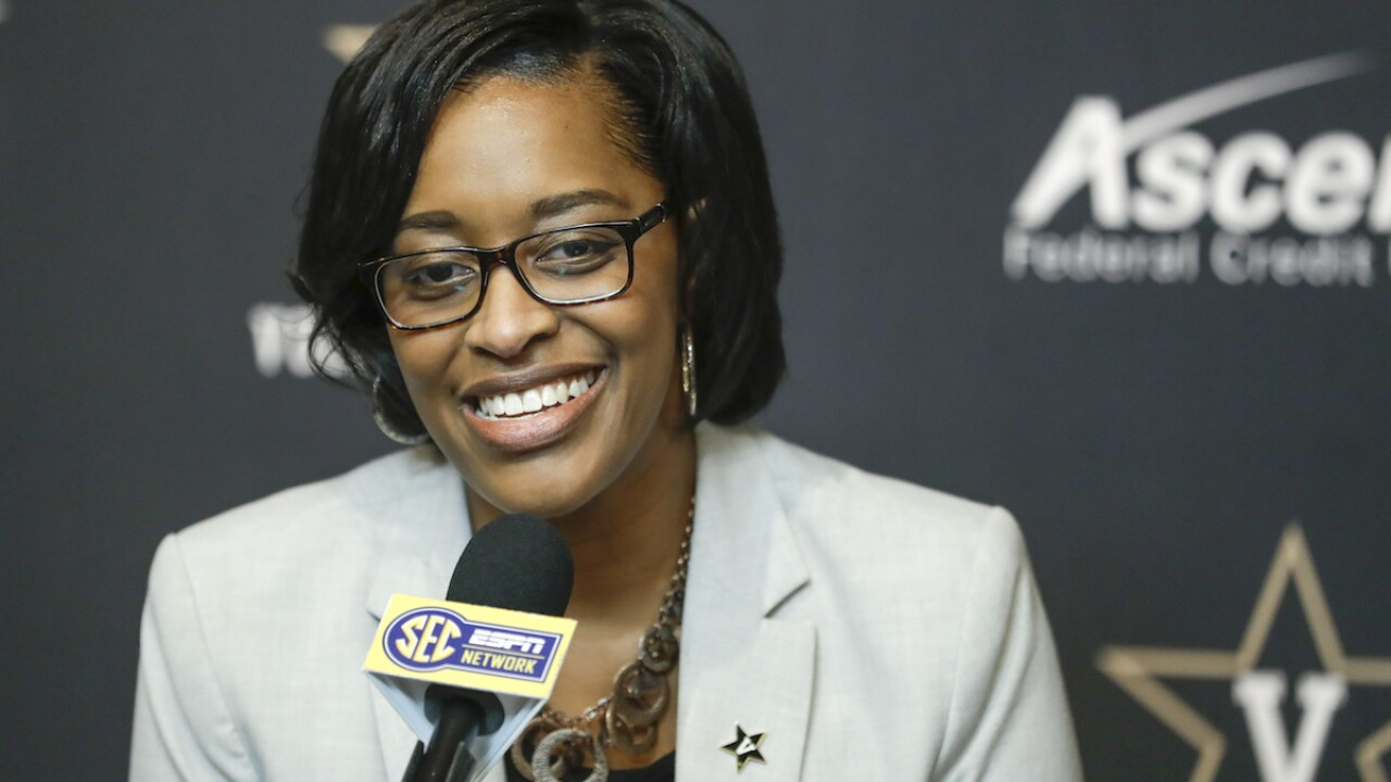 Vanderbilt's Lee becomes SEC's 1st woman athletic director