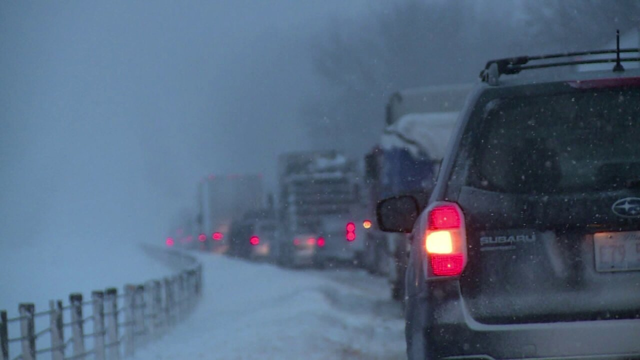 Drivers stranded in 35-mile traffic jam on Interstate 75 in Kentucky