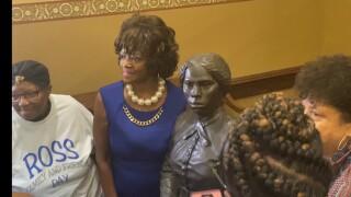 Tubman memorial.jpg