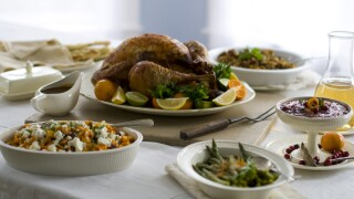 Thanksgiving-meal-Turkey-sides-food-spread-table