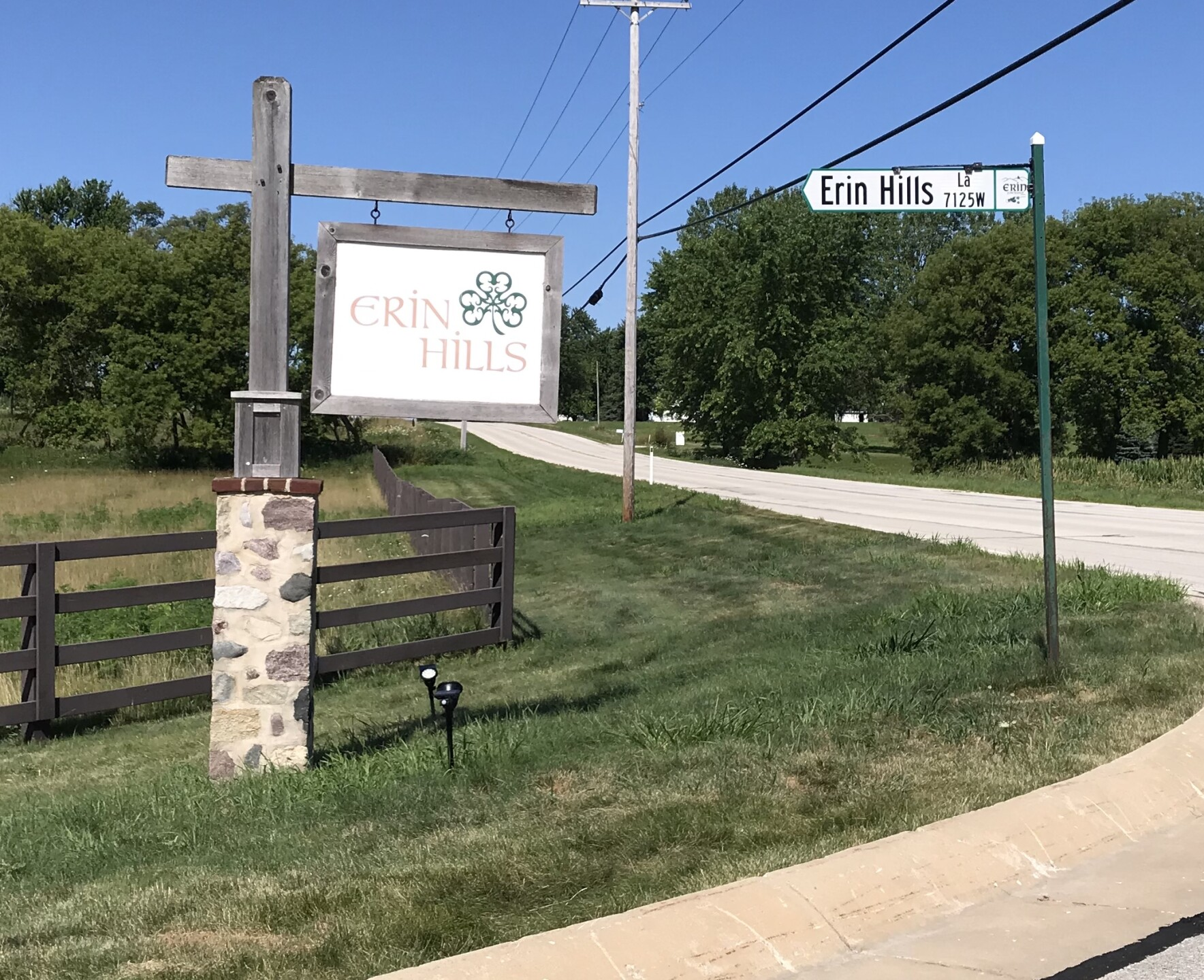 Erin Hills Golf Sign