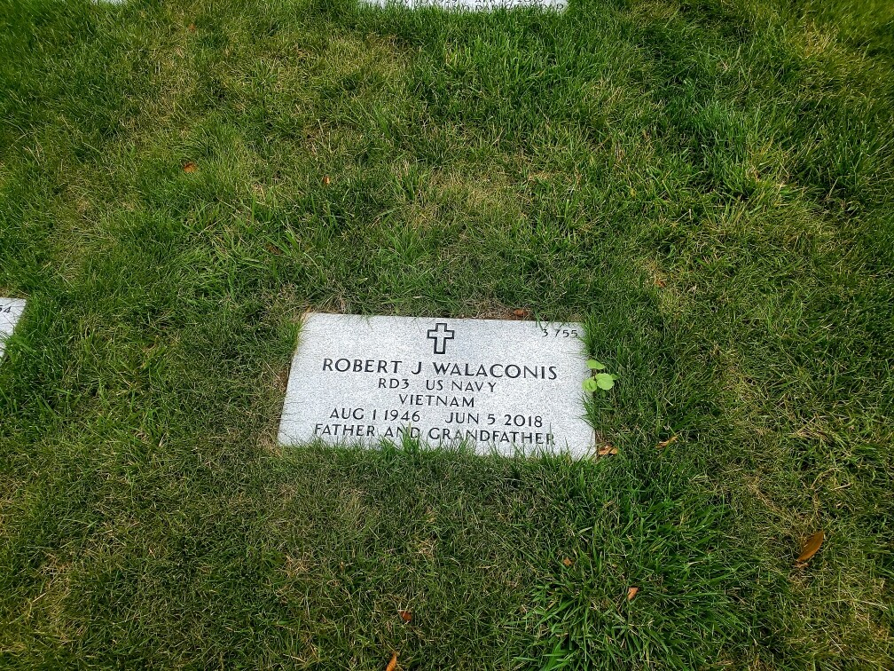 Father's grave.JPG