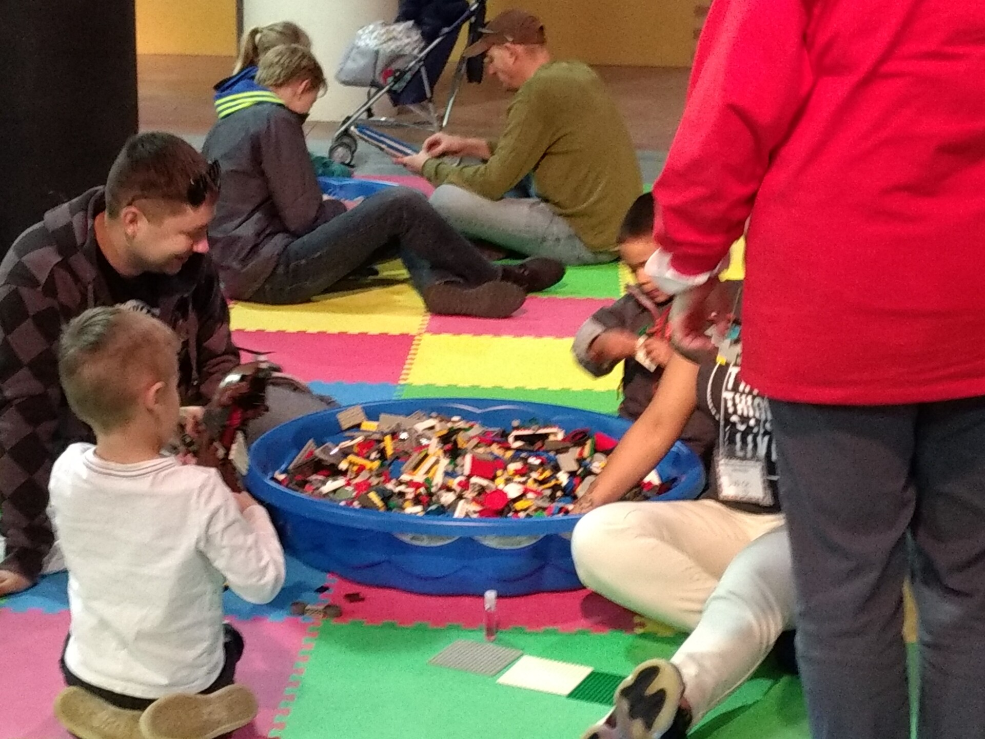 Photos: Hampton Roads Naval Museum holds its 2018 LEGO Shipbuildingevent