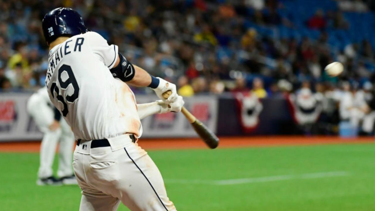 Kevin Kiermaier hits 3-run home run
