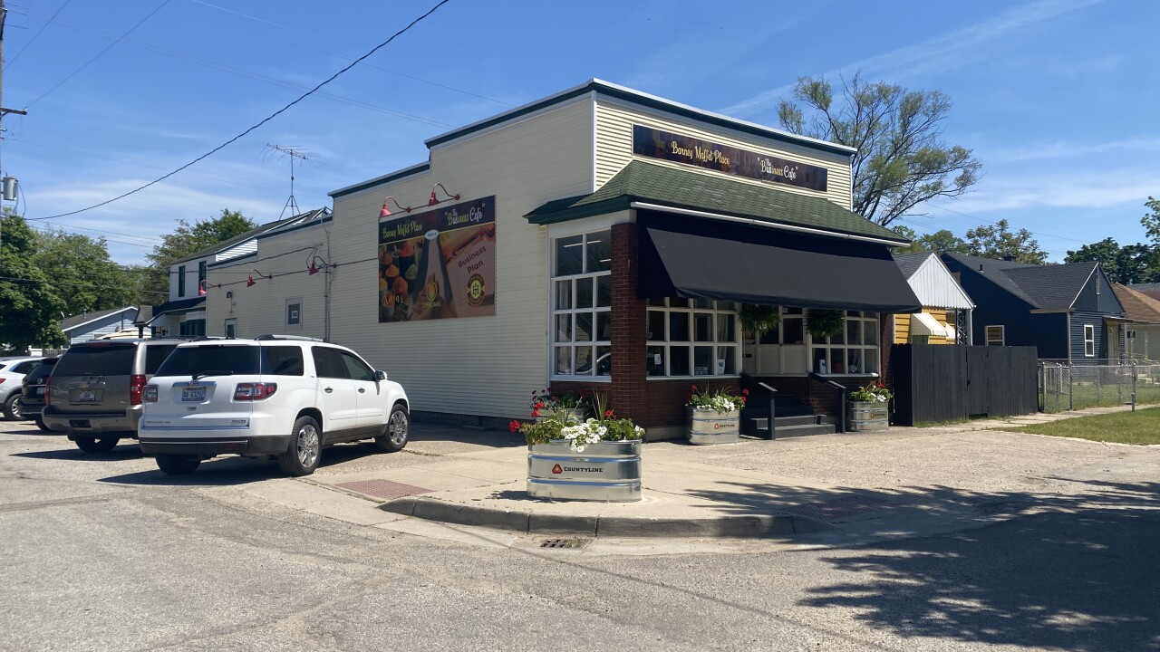 The Business Cafe opens in Muskegon Heights