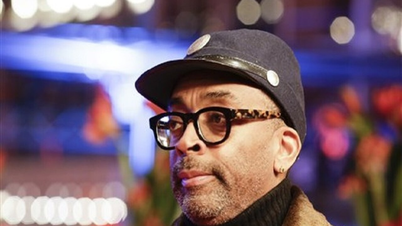 Filmmaker Spike Lee endorses Sanders