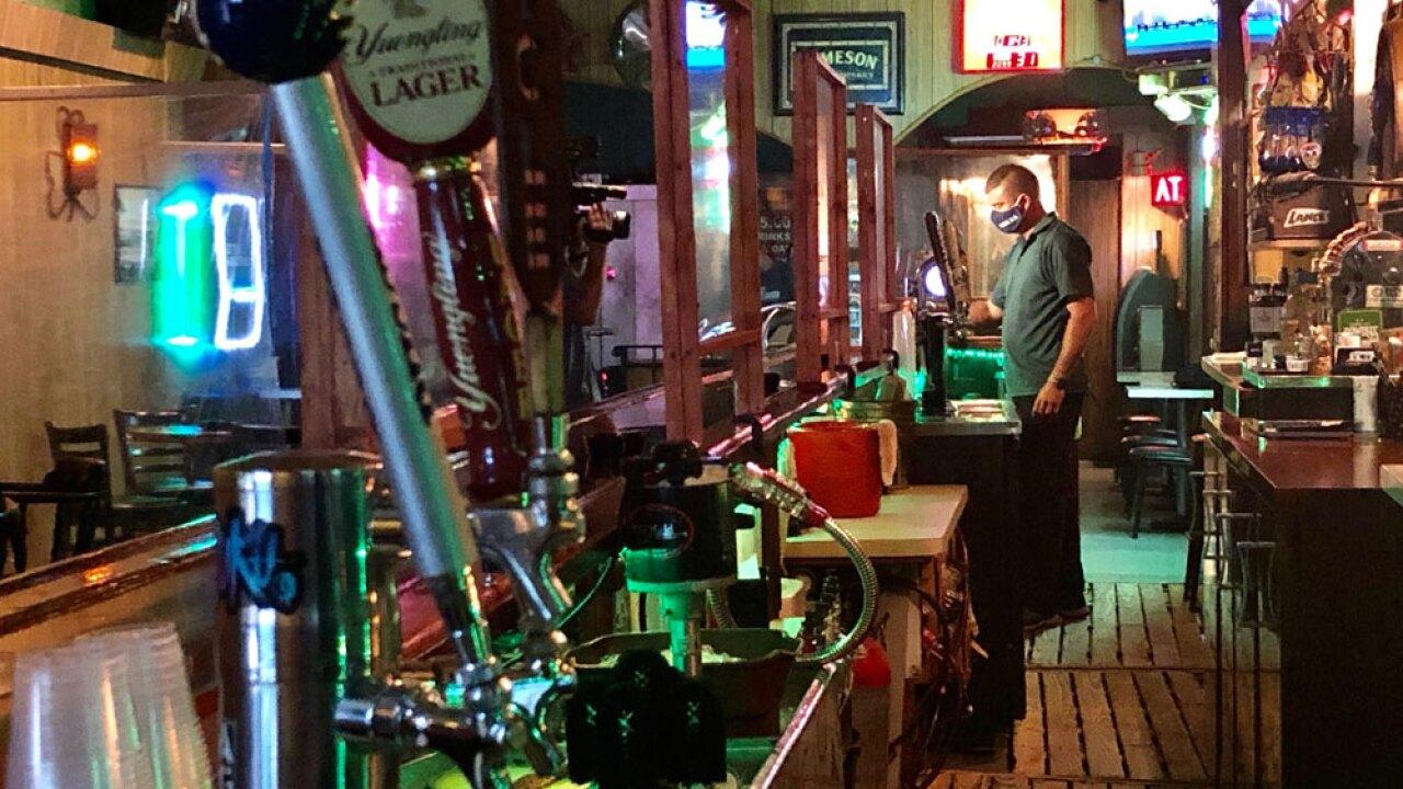 Pinellas-bar-reopen-SARAH-HOLLENBECK.jpg