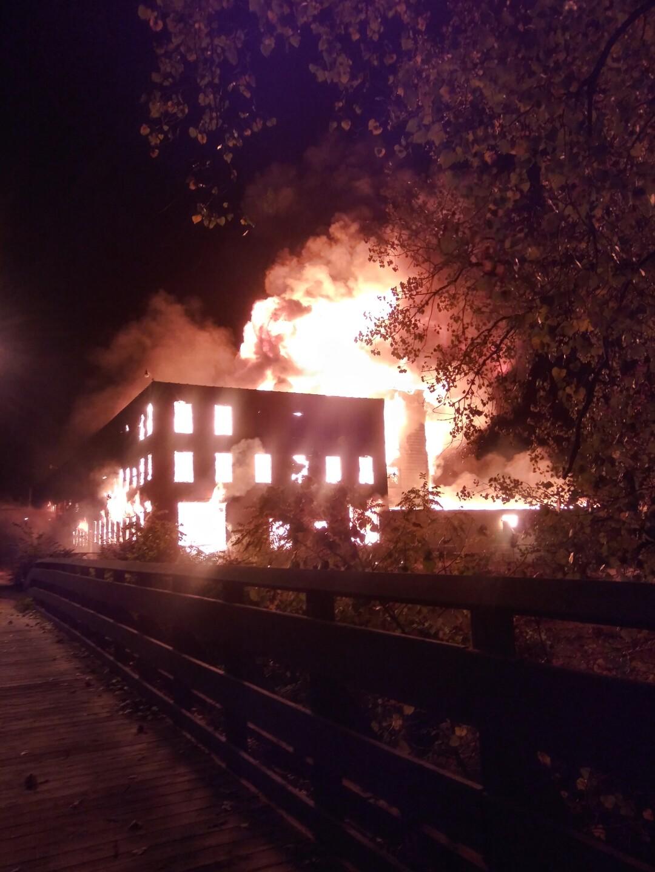 Hastings fire by Kathy Laninga.jpg
