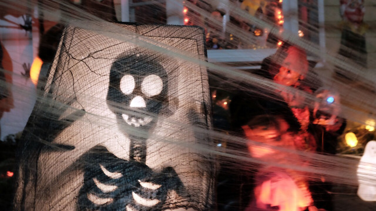 Over 12,000 people sign petition to move date of Halloween
