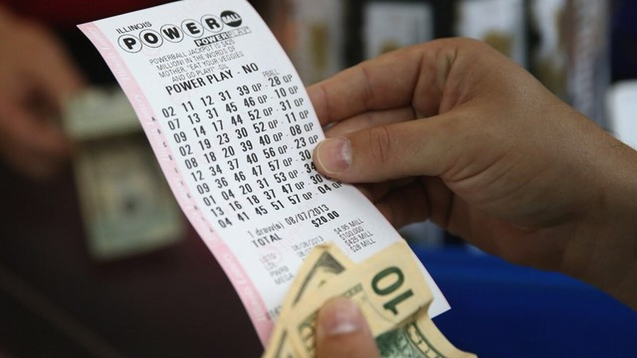 Milwaukee man wins $1 million on Powerball
