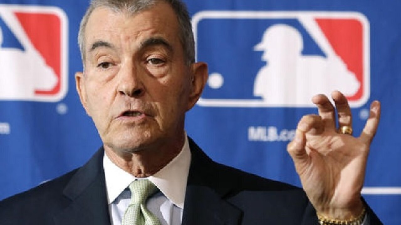 Selig, Schuerholz elected to baseball Hall of Fame