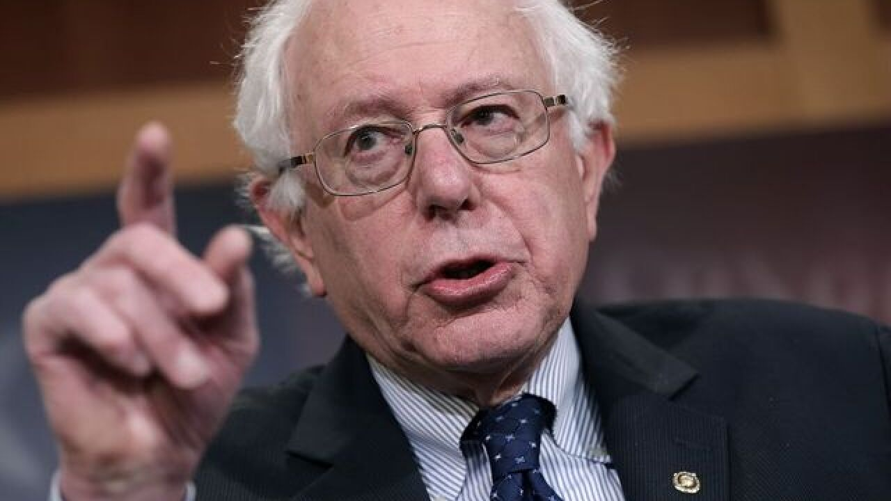 Sanders meets with Obama, stays in race