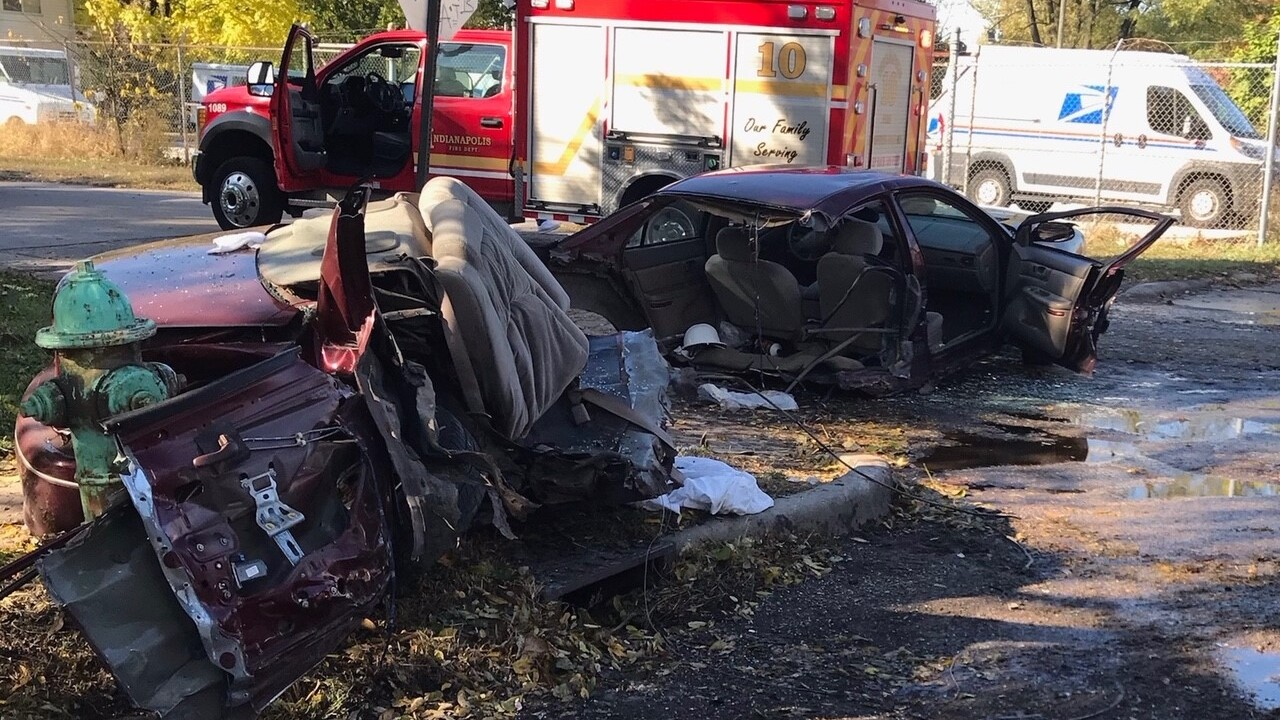 Six Injured In Two-car Crash On Indianapolis' Northeast Side