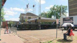 Festival preparations underway in downtown; volunteers still needed