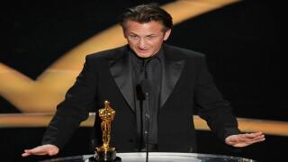 Sean Penn: 'No apologies for Oscars green card joke about Mexican-born director Alejandro Iñárritu