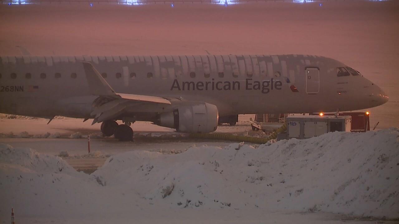 Airport snow 2.jpg
