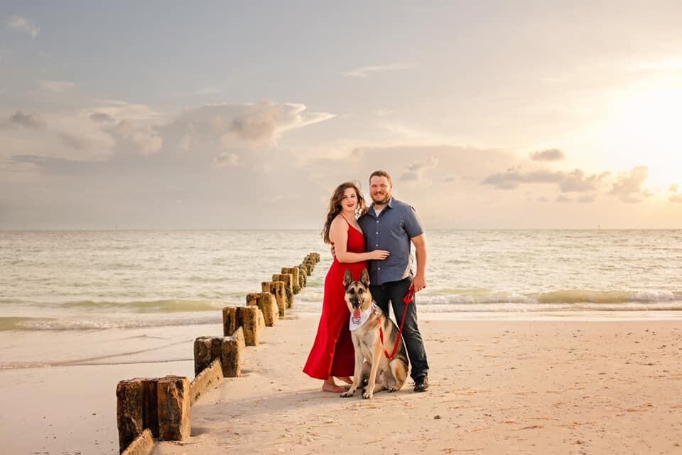 Hannah Lorraine Reynolds Honeymoon Island The Picture of Love.jpg