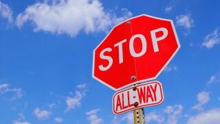 file stop sign trafic.jpg