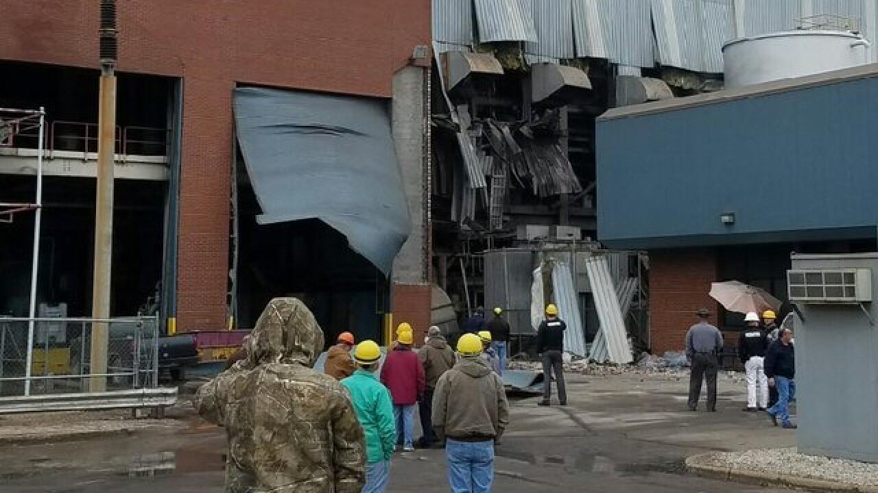 5 hurt in Adams County power station explosion
