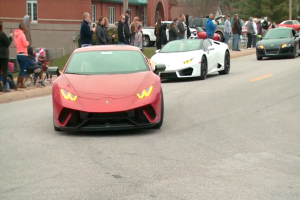 Thousands driver their sports cars to Missouri to honor cancer victim