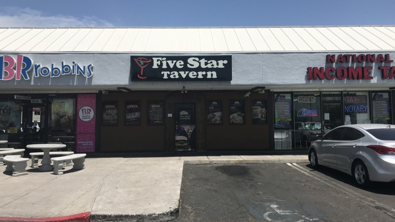 Employees claim closing tavern chain not paying