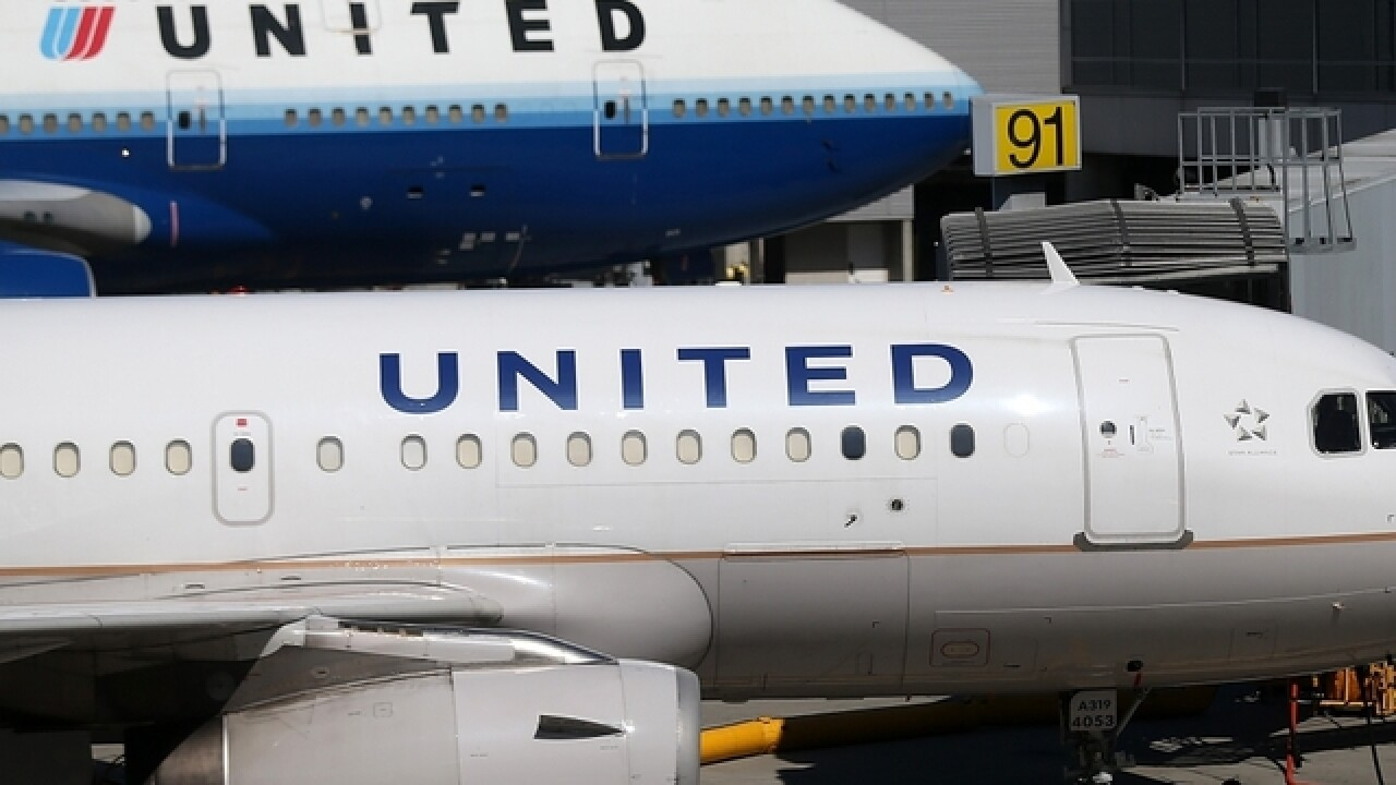 2 United pilots arrested in Glasgow, suspected of being drunk