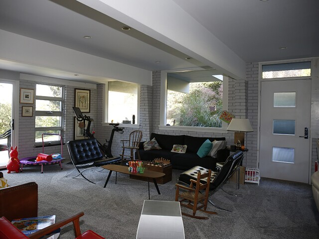 Home Tour: Clifton mid-century modern continues 100-year-old tradition