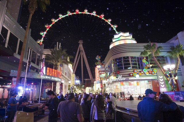 PHOTOS: Annual tree-lighting ceremony at the LINQ Promenade