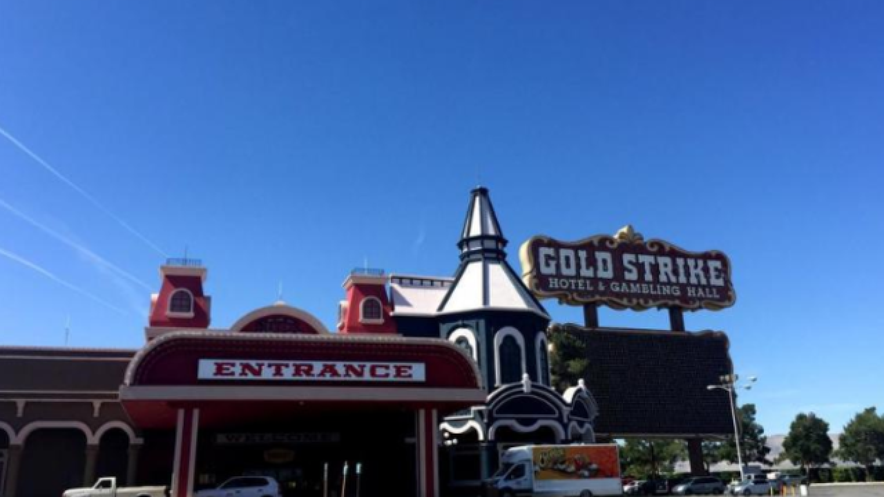 Gold Strike Casino Jean