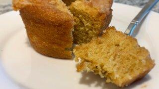 Pownd Cakes by Jen