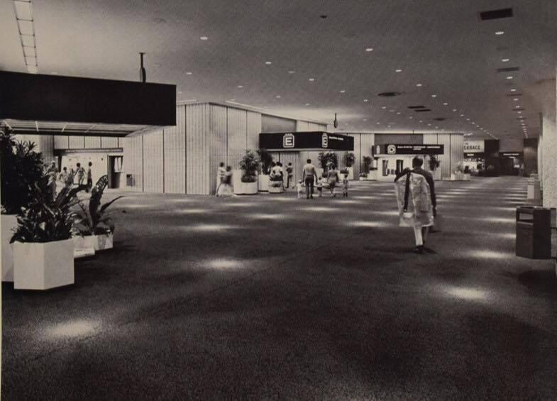 main terminal 1971.jpg