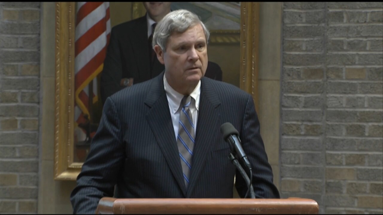 Tom Vilsack at USDA.jpg