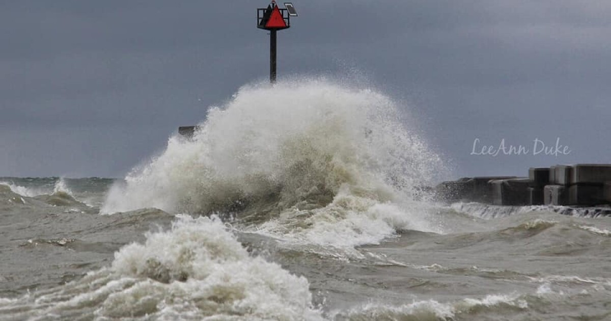 PHOTOS: This is what Lake Erie looks like under a Beach Hazards Statement