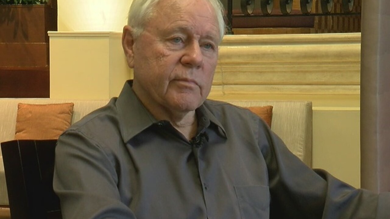 Legendary UA football coach Dick Tomey diagnosed with lung cancer