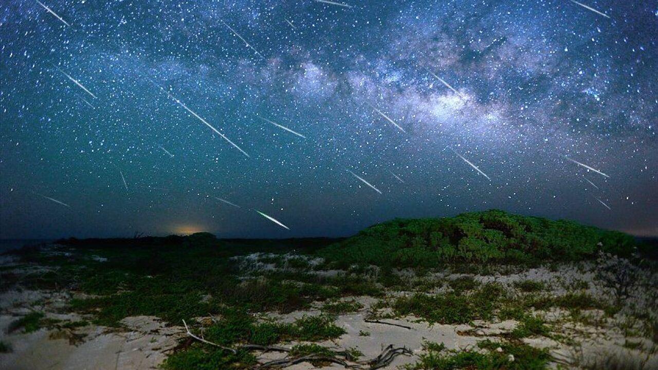 Viral Video Meteor Jatuh di Probolinggo, Ini Fakta Sebenarnya! 2