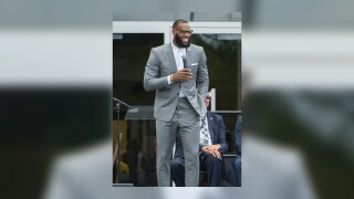 Group led by NBA superstar LeBron James to help pay fines for Florida felons