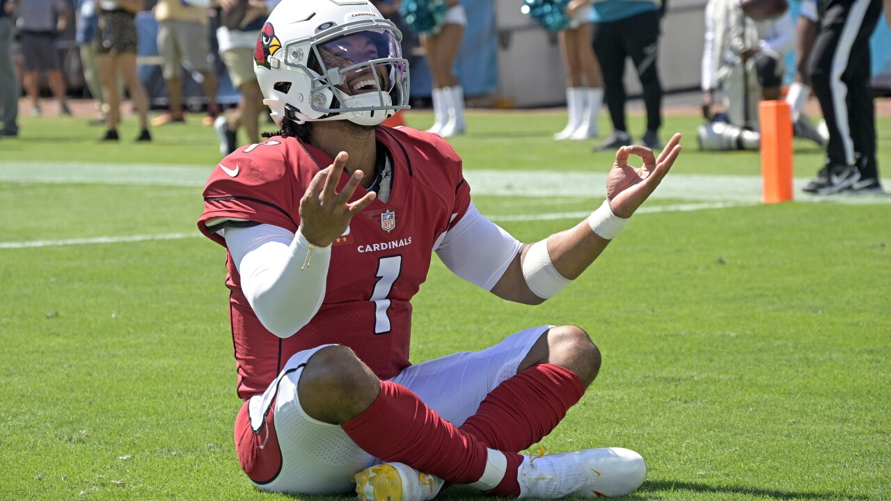 Byron Murphy intercepted two passes, including one he returned for a touchdown following a botched trick play, and the Arizona Cardinals rallied to beat the skidding Jacksonville Jaguars 31-19 on Sunday. AP photo.