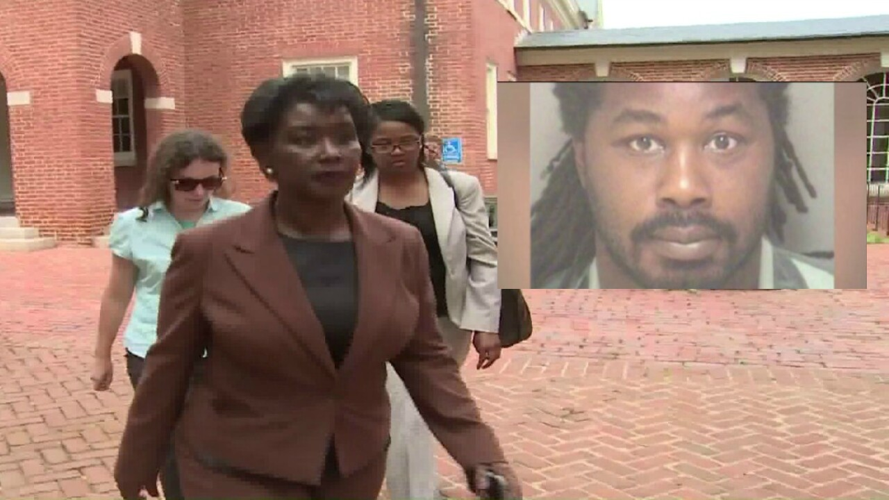 Mothers of Morgan Harrington and Jesse Matthew Jr. shake hands after court hearings