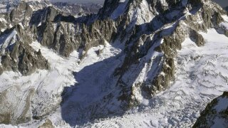 Mont Blanc glacier: 8.8 million cubic feet of ice threatens roads, huts, Italy warns