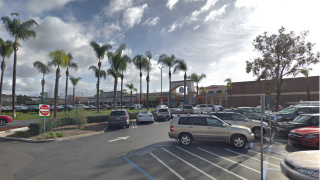 Grossmont Center Mall, La Mesa