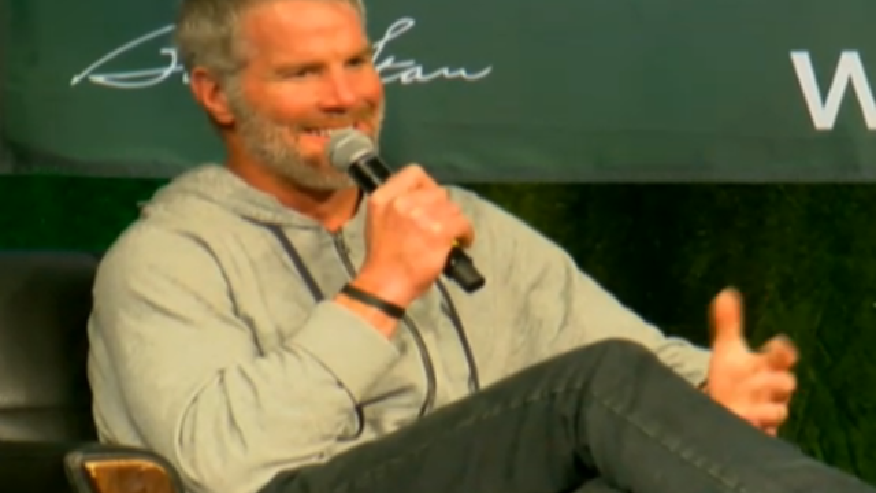 Favre hosts Chalk Talk charity event