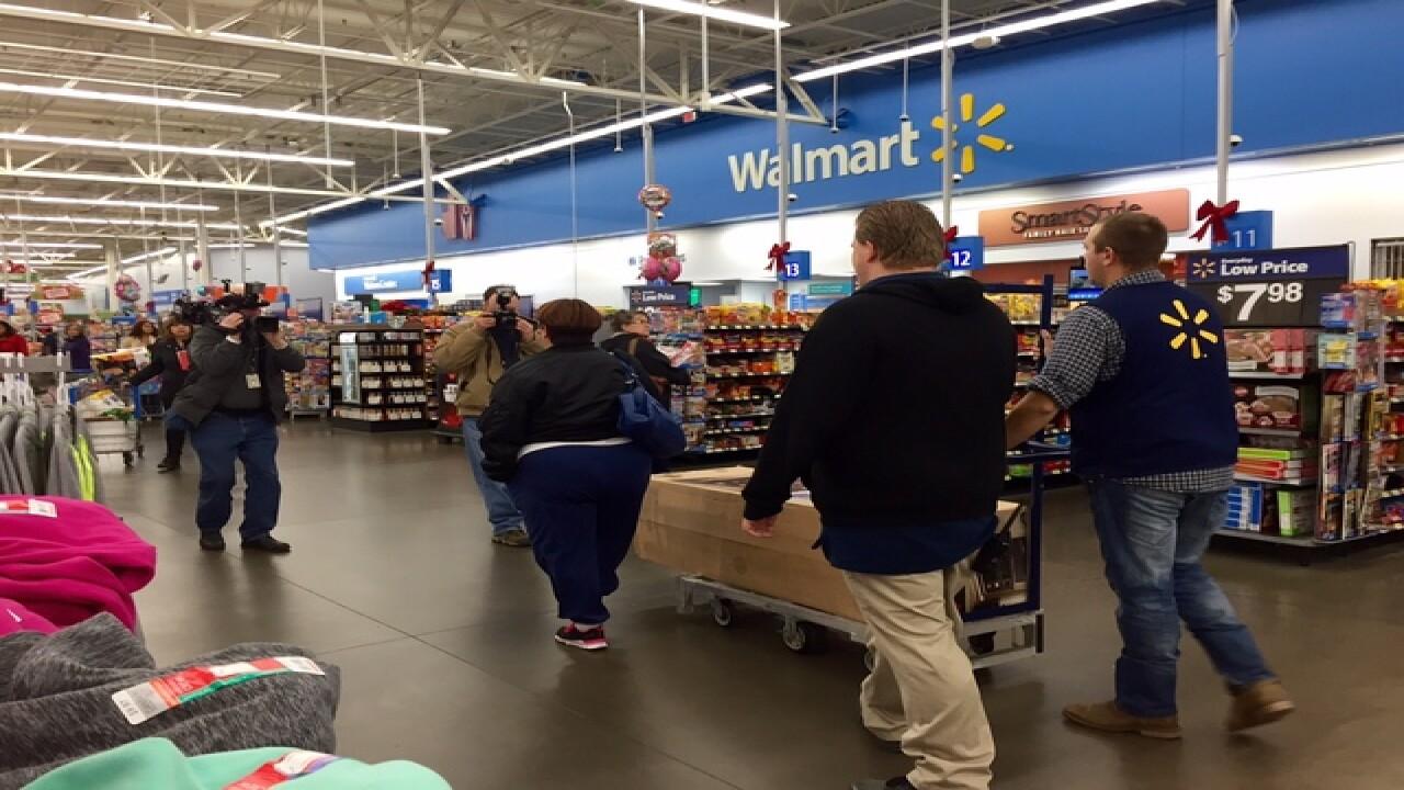 'Angel' pays off $106K in NEO Walmart layaways