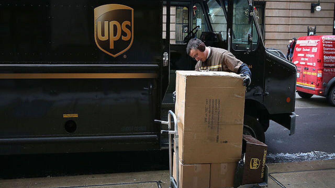 UPS to hire 95,000 seasonal workers