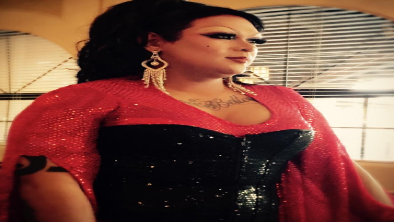 Deaf drag queen dazzles audiences