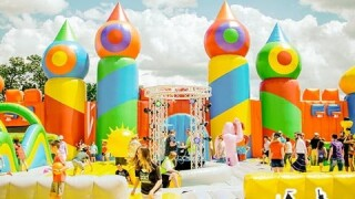 World's largest bounce house to visit Vista