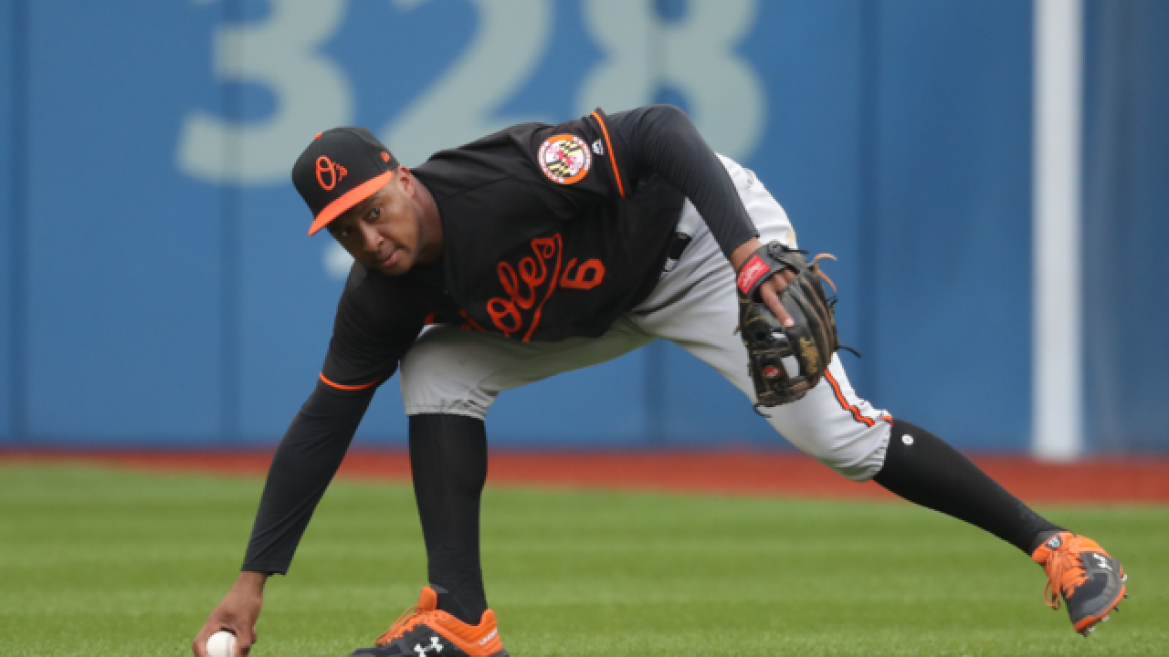 Brewers acquire All-Star second baseman Jonathan Schoop from Orioles