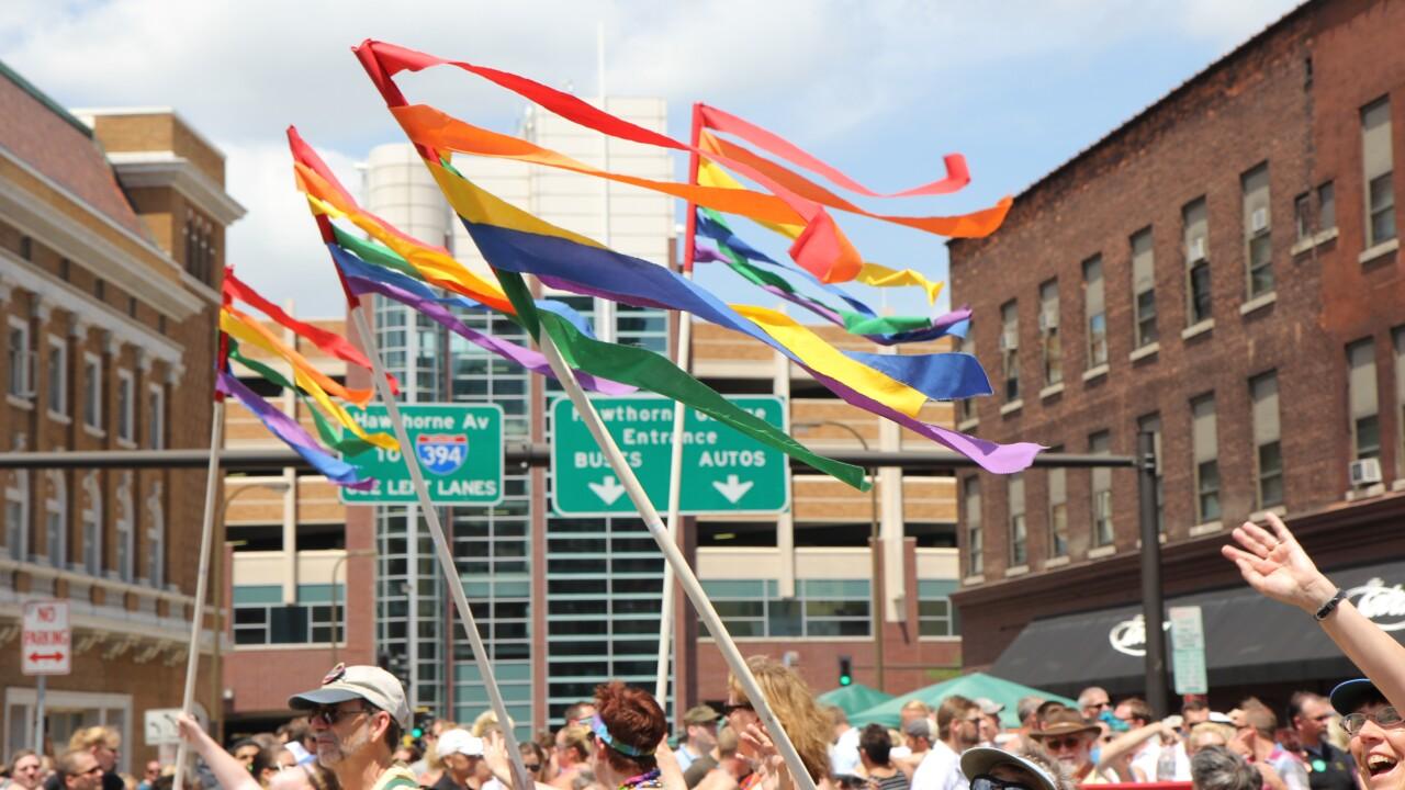 SCOTUS hears oral arguments on same-sex marriage, Utahns weigh in onissue
