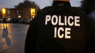 ICE agent.jpg