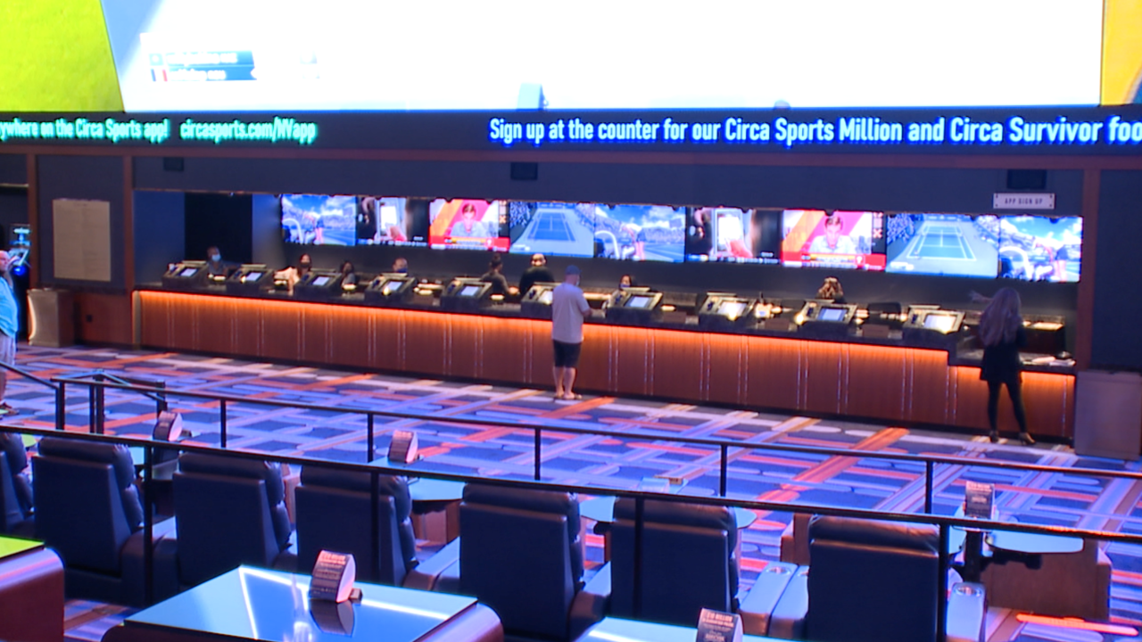 Reduced stigma, mobile apps, and new demographics helping fuel Las Vegas sportsbooks