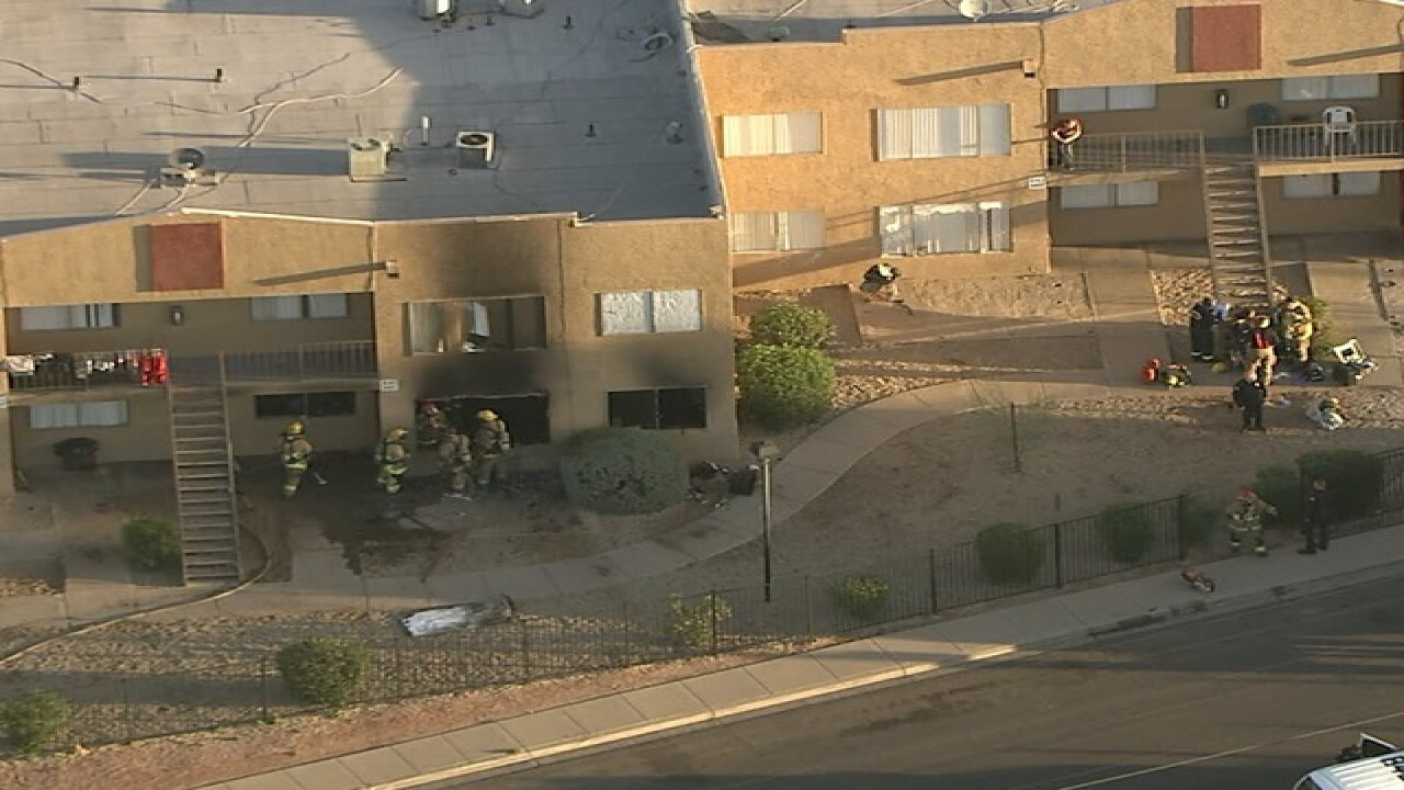 FD: Multiple patients in PHX apartment fire